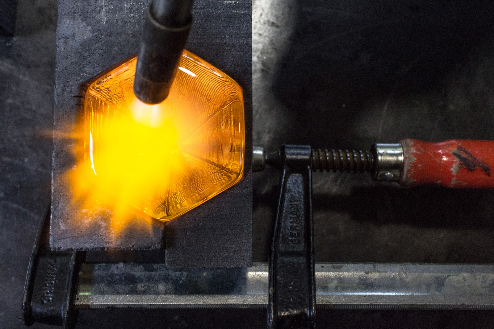 Hot casting in CNC milled graphite - Fred Kahl (photo courtesy of Pilchuck Glass School)