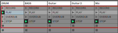 """Those clips are programmed to trigger the Looper. so i just need to trigger the """"PLAY"""" clip."""
